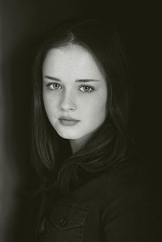 57 Celebrity Headshots from Before They Were Famous - Alexis Bledel - Rory Gilmore, Gilmore Girls, Celebrity Headshots, Actor Headshots, Celebrity Photos, Elizabeth Mcgovern, Rita Moreno, Alexis Bledel, Catherine Deneuve
