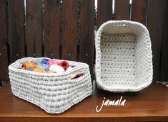 ~DÍLNA jamala~: Háčkování velkým háčkem - recenze Laundry Basket, Wicker, Organization, Home Decor, Rattan, Organisation, Homemade Home Decor, Laundry Baskets, Interior Design