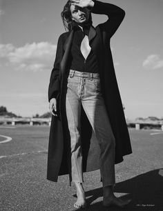 eternally yours: andreea diaconu by annemarieke van drimmelen for vogue netherlands october 2015 [ Jeans, For the People. Trendy Fashion, Fashion Models, Vogue Fashion, Net Fashion, Fashion 2016, Daily Fashion, Fashion News, Latest Fashion, High Fashion
