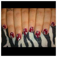 Nails burdeos con decoración!