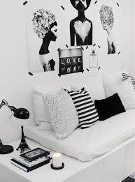 Resultado de imagem para quarto feminino preto e dourado