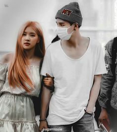 #surosé #yoonrosé #bangpink Bts Girl, Kpop Couples, Blackpink And Bts, Korean Couple, Jennie Blackpink, Yoongi, Only Girl, Skinny Girls, Sooyoung