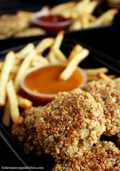 Easy to Make Quinoa Vegan Nuggets That Kids Absolutely Love Vegan Kitchen, Kitchen Recipes, Cooking Recipes, Kid Recipes, Easy Dinners, Vegan Dinners, Vegan Lunch Recipes, Vegan Foods, Vegan Snacks