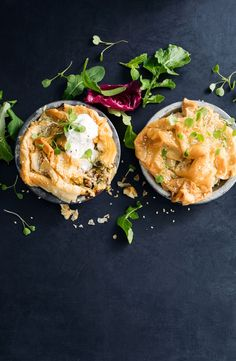 Mini Greek chicken pies, also known as kotopita, topped with crunchy, golden, filo pastry. Pastry Recipes, Pie Recipes, Dinner Recipes, Chicken Pastel, Savoury Dishes, Savoury Recipes, Filo Pastry, Greek Chicken, Food Tasting
