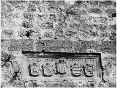 Heraklion - Οικόσημα στην πλευρά του Αγίου Φραγκίσκου