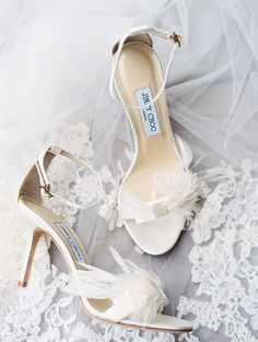 feathery Jimmy Choos | Photography: Luna de Mare