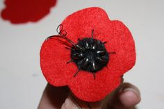 felt poppies for Remembrance Day   Tally's Treasury