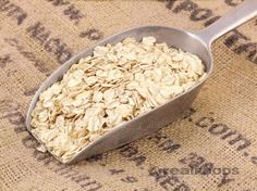 WHY YOU SHOULD NEVER EAT RAW OATS