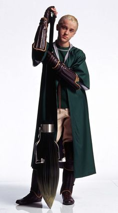 Draco Malfoy in Quidditch-Roben. - -You can find Draco malfoy and more on our website.Draco Malfoy in Quidditch-Roben. Draco Harry Potter, Mundo Harry Potter, Harry Potter Cosplay, Harry Potter Characters, Harry Potter Universal, Harry Potter Quidditch Costume, Harry Potter Uniform, Draco Malfoy Fanart, Draco Malfoy Memes