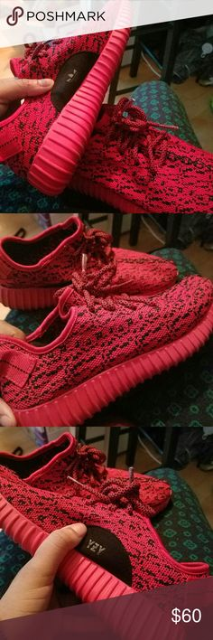 Yeezy style shoes Has a little bit of tearing in the inside from use size 6 not sure if Kanye made this shoe but they are SUPER cute if you like the style. Adidas Shoes