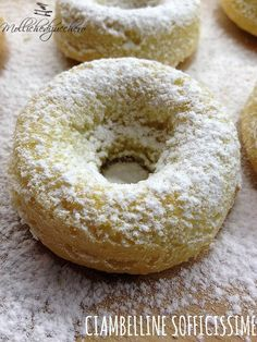 Share this on WhatsApp Share: Read more. Italian Cookies, Italian Desserts, Mini Desserts, Italian Recipes, Cake Recipes, Dessert Recipes, Plum Cake, Delicious Donuts, Cake & Co