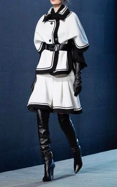 Fairytale Gown, Elie Saab Fall, Runway Fashion, Fashion Outfits, Ellie Saab, White Fashion, Fashion Pictures, Short, Daily Fashion