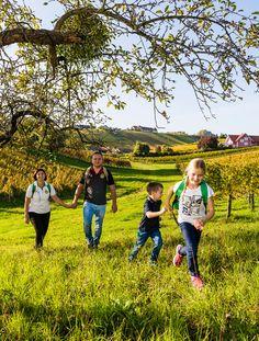 Wanderurlaub mit der ganzen Familie in der Region Bad Radkersburg. #regionbadradkersburg #badradkersburg #wandern #familie Bad, Dolores Park, Wine Festival, Hiking Trails, Tours, Landscape