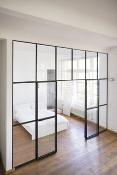 Clean & simple glass door design