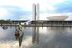 osCurve Brasil : No Brasil de hoje, o golpe, faz-se por dentro, man...