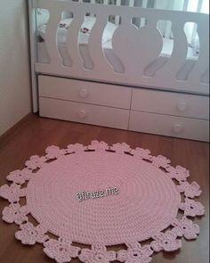 sizden gelenler Siparis ve bilgi icin DM mesaj gönderebilirsiniz mutlu müşteri candır Ipler / yarn @penyeip_leonn Tığ/needle 10 mm #penyeip #paspas #handmade #crochetlover #hali #rug #instalike #ribbon #handmade #crochet #elyapimi #elisciligi #sepet #orgusepet #instacrochet #instaknit #ormeyiseviyorum #p #trapillo #tshirtyarn #yarn #pattern #nasil #orulur #clutchbag #canta #ormeyiseviyorum #orguterapim #orgusever #kitap #ayrac #gramorgu