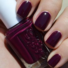 Essie Nail Color - In The Lobby ----This solid manicure in this deep plum shade is simply fabulous. Achieve this manicure in a snap with these nail essentials. Love Nails, How To Do Nails, Fun Nails, Pretty Nails, Essie Polish, Plum Nail Polish, Nagellack Trends, Manicure And Pedicure, Fall Manicure