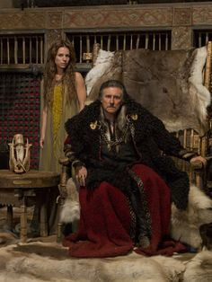 COSTUME DRAMA: Gabriel Byrne and Jessalyn Gilsig in 'Vikings', which is filmed here — such productions may dry up: It could be a wrap for film and TV projects if Noonan ends tax breaks Ragnar Lothbrok, Lagertha, Vikings Tv Show, Vikings Tv Series, Vikings Travis Fimmel, Vikings Ragnar, Siggy Vikings, Vikings Season 1, Bracelet Viking