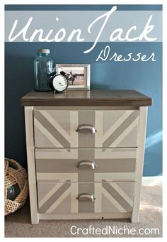 Union Jack Dresser - I've never thought of doing a Union Flag in colors other than red, white and blue, but this is really cool.  I'm not a big fan of grey, but turquoise and lime?  I'm all over that color combo :)