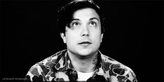"""""""He is the only guy (person) who can make me smile/laugh. """" Frank Iero is my Hero. Frank Iero is my role model! My Chemical Romance, Frank Iero, Emo Bands, Music Bands, Fear Of Falling, Ray Toro, Mikey Way, Gerard Way, Fall Out Boy"""