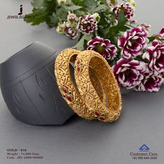 Stunning Designs for the Marriage seasons. Gold Ring Designs, Gold Bangles Design, Gold Jewellery Design, Silver Bangles, Gold Jewelry, Beaded Jewelry, Baby Bracelet, Bangle Bracelets, Necklaces