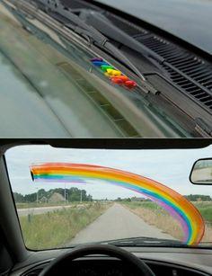Guerilla Rainbow...Schöne Aussichten während der Fahrt ;-)
