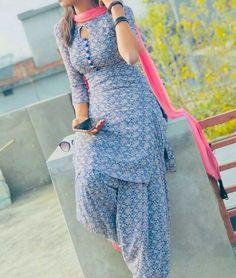 Punjabi Suit Neck Designs, Patiala Suit Designs, Neck Designs For Suits, Kurti Designs Party Wear, Churidar Designs, Designer Kurtis, Indian Designer Suits, Designer Punjabi Suits Patiala, Indian Suits