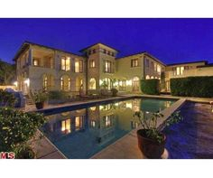 9 bedrooms 12 baths home in cali
