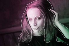 Kurucz Adrienn: El akarunk-e menni egyáltalán hazulról újra, ha már elmehetünk? – Koronanaplók - WMN Marvel, Neon Signs