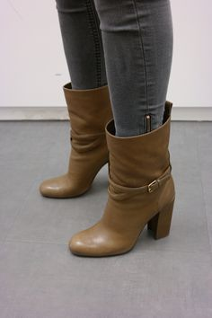 new arrival 27eaa bd107 Yves Saint-Laurent boots