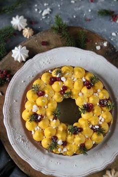 pepparkakskrans med saffranskräm Baking Recipes For Kids, Cooking Recipes, Holiday Baking, Christmas Baking, Sweet Cooking, Number Cakes, Dinner With Friends, Breakfast Bake, Christmas Desserts