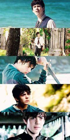I realy love him Susan Pevensie, Lucy Pevensie, Edmund Pevensie, Edmund Narnia, Narnia 3, Skandar Keynes, Narnia Movies, William Moseley, People Make Mistakes