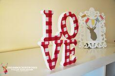 Dekoratif Ahşap Kelimeler – Love (Gingham Pink) *45TL / dreammachineworks