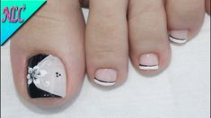 Semi-permanent varnish, false nails, patches: which manicure to choose? - My Nails French Pedicure, Pedicure Nail Art, Toe Nail Art, Nail Art Diy, Pretty Toe Nails, Cute Toe Nails, My Nails, Cute Pedicure Designs, Toe Nail Designs