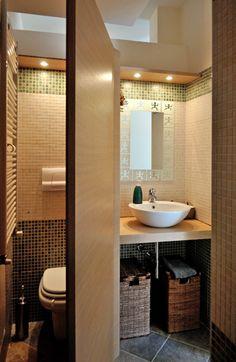 Banheiros modernos por Valtorta srl  una delle nostre fotografie inserita in un articolo (portoghese) dedicato ai bagni in stile rustico