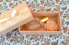 Caixa rendada cor salmão para casamento. Na loja:www.elo7.com.br/deisedejos