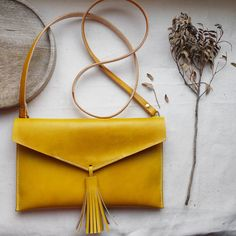 Statement Leather Tassel Cross Body Bag – Judith Hayes Statement Leather Tassel Cross Body Bag Are you interested in our tassel bag? With our leather cross body bag you need look no further. Leather Tassel, Leather Crossbody Bag, Leather Purses, Leather Handbags, Leather Totes, Soft Leather, Leather Bag Pattern, Stitching Leather, Pochette Diy