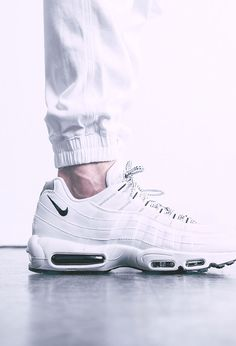 Nike Air Max 95 White And Gold