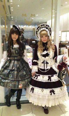 darkxdelirium: Look at the details! Harajuku Fashion, Kawaii Fashion, Lolita Fashion, Harajuku Girls, Tokyo Fashion, Steampunk Lolita, Gothic Lolita, Lolita Style, Kei Visual