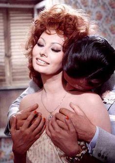 """Sophia Loren and Marcello Mastroianni in """"Matrimonio all'italiana"""" (dir. Vittorio De Sica - 1964)"""