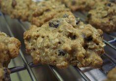 Six in the Suburbs: Banana Oatmeal Chocolate Chip Cookies