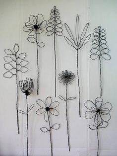 Wall Hanging Wire Flower Arrangement Or Bouquet - -You can find Printmaking and more on our website.Wall Hanging Wire Flower Arrangement O. Wall Hanging Arrangements, Flower Arrangements, Wire Crafts, Diy And Crafts, Sculptures Sur Fil, Wire Art Sculpture, Wire Sculptures, Abstract Sculpture, Diy Fleur