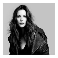 Liv-Tyler-Very-Irresistible-Givenchy-Electric-Rose-Fragrance-05.jpg