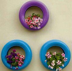 Flores em pneus