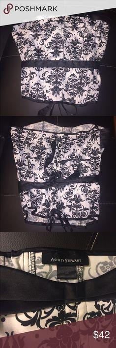 Ashley Stewart Black and white Bustier Corset {73} 97% Polyester 3% Spandex Ashley Stewart Tops