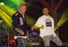 Rozsnyai Attila (Rozso)  Apa és fia... XX. Csókakői Várnapok első nap EDDA koncert. Több kép Attilától: www.facebook.com/csokako.kozseg és www.facebook.com/borrendcsokako