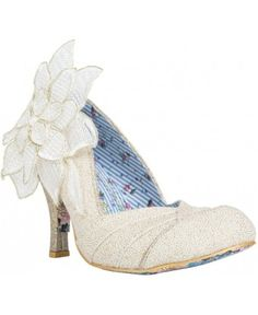 Baby Love #DressingYourDreams #Plymouth #Devon #Cornwall #bride #weddingshoes #Exeter #bridalshoes
