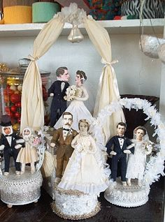 put your own people in vintage cake toppers