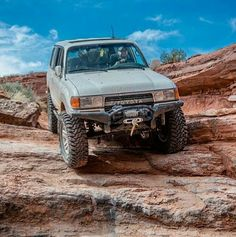 80 series Mancruiser on the rocks please. Off Road Camping, 4x4 Off Road, Land Cruiser 80, Toyota Land Cruiser, Landcruiser 80 Series, Carros Toyota, Lexus Lx450, Toyota Lc, Jeep Trails