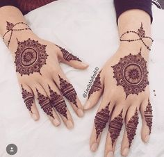 Tips For Planning The Perfect Wedding Day. A wedding should be a joyous occasion for everyone involved. The tips you are about to read are essential for planning and executing a wedding that is both Stylish Mehndi Designs, Beautiful Mehndi Design, Best Mehndi Designs, Mehndi Tattoo, Henna Tattoo Designs, Mandala Tattoo, Henna Mehndi, Henna Tattoos, Bridal Henna Designs